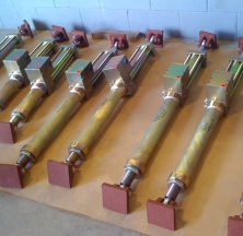 Hydraulic Snubbers with Custom Painted Components